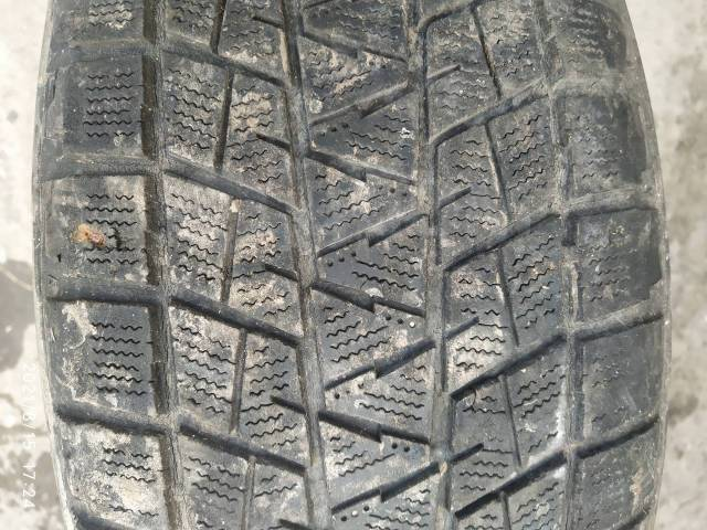 Bridgestone Blizzak DM-V1. всесезонные, 2012 год, б/у, износ 40%