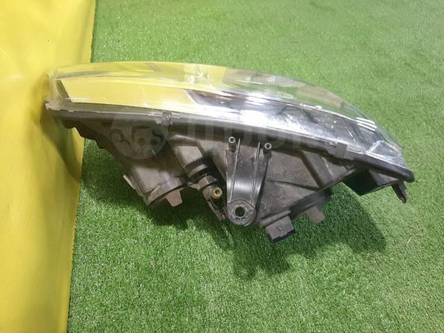 Фара правая Renault Logan Renault Sandero (2018 - н. в. ) 260101079R