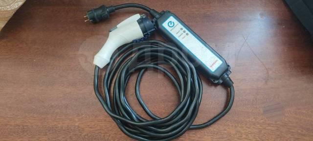 Зарядное устройство оригинал Nissan Leaf,