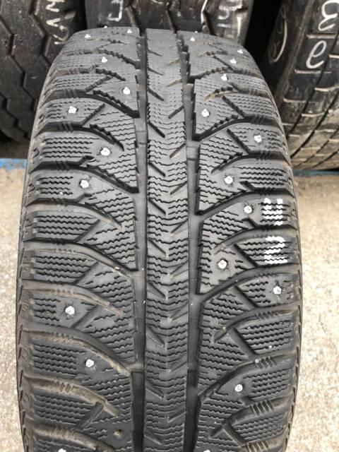 Bridgestone Ice Cruiser 7000. зимние, шипованные, 2011 год, б/у, износ 5%