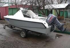 Продается  Стеклопластиковая моторная лодка тримаран.