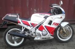 Yamaha FZR250, 1988