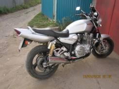 Yamaha XJR 1300, 1998