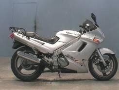 Kawasaki ZZR250, 2002