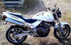 Honda CB 250, 2001