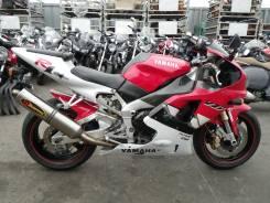 Yamaha R1, 2000