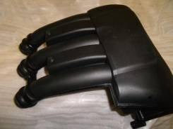 Глушитель впуска Yamaha F200-F225 правый. OEM: 69J-1444F-00