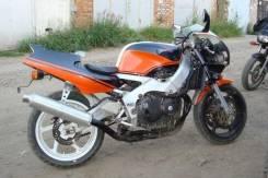 Honda CBR 900RR, 1990