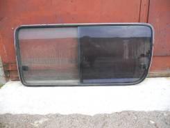 Стекло боковое , сдвижной двери ( в сборе) - Toyota Hiace )