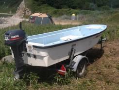 Японская пластиковая лодка Yamaha с самоотливным корпусом 4-х местная