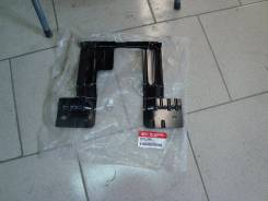 Продам 86355-4Y000 Кронштейн  решетки радиатора KIA RIO 2012г.