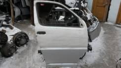 Дверь боковая правая передняя Toyota Hiace Regius KCH40.