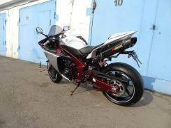 Yamaha R1, 2011