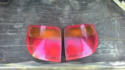 Продам заднюю оптику на toyota caldina st190