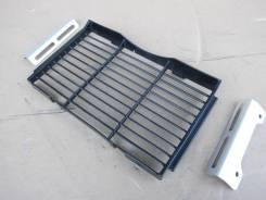 Решетка радиатора Honda CB400SFV-4