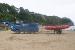 Надувная лодка из ПВХ BARG Brize 420 с матором Yamaxa 25 и телегой