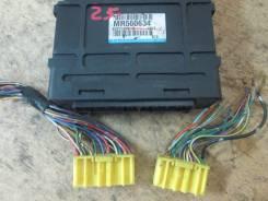 Разьем фишка на Mitsubishi 3G83 MR560634