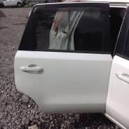 Задняя дверь Nissan Note E11