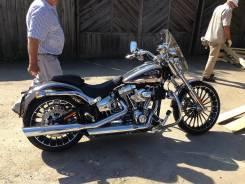 Harley-Davidson Breakout CVO, 2014