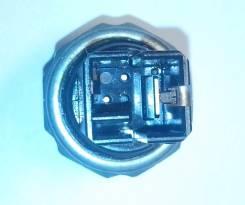 Датчик давления масла 25070-30P01