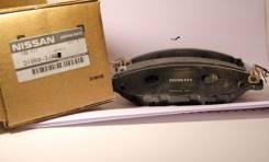 Колодки тормозные передние Nissan Pathfinder R52, Infiniti в наличии