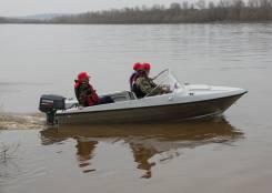 Комбинированная моторная лодка Bester-400 капотная