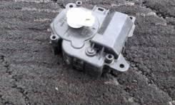 Мотор заслонки печки. Toyota Corolla Fielder, NZE141G, NZE144G, ZRE142G, ZRE144G