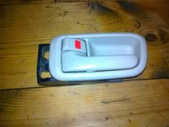 Ручка двери внутренняя левая Toyota Ipsum SXM10