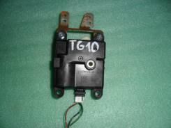 Блок управления мотором печки Nissan Bluebird Sylphy, TG10, QR20DD.