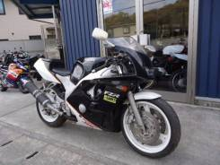 Yamaha FZR 400, 1992