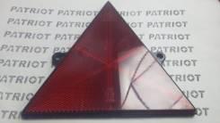 Катафот на прицеп треугольный, красный