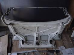 Крепление крышки багажника. Toyota Corolla, AE100, AE100G, AE101, AE101G, AE102, AE103, AE104, AE104G, AE109, CE100, CE100G, CE101, CE101G, CE102, CE1...