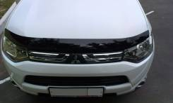 Дефлектор капота (мухобойка) Mitsubishi Outlander 2012- темный