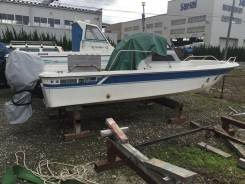 Японская пластиковая лодка Yamaha UF20-2DX с подвесным двигателем 60лс