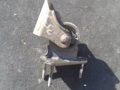 Подушка двигателя. Toyota Camry, SV30 4SFE