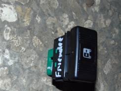 Кнопка, блок кнопок. Mazda Bongo Friendee, SGEW FEE