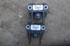 Датчик airbag 89173-04010, 89441-52030 (цена за три)