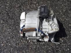 Мотор печки в корпусе JZS141