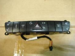 Кнопка, блок кнопок. Mercedes-Benz GL-Class, W164, X164 Mercedes-Benz M-Class, W164 M273E46, M273E55, OM629, OM642, M113E50, M272E30, M272E35
