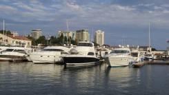 Моторная яхта Riviera 51 Enclosed