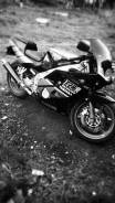 Yamaha FZR 250, 1996