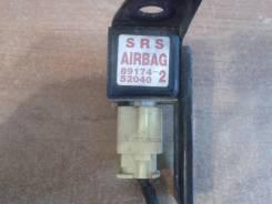 Продам Датчик  Airbag srs левый  Toyota 89174-59155 , 89174-52040