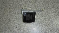 Блок управления замками Toyota Prado [8974160260]