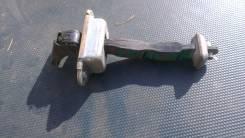 Ограничитель открытия двери Nissan Expert 82430WA000