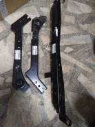 Крышка рамки радиатора. Nissan X-Trail, DNT31, NT31, T31, T31P, T31R, TNT31 Двигатели: M9R, MR20DE, QR25DE