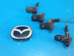 Датчик открытия дверей (концевик) Mazda Familia, BJ5P, ZL