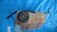 Бачок  охлаждающей жидкости  Ford Expedition 5.4 1999