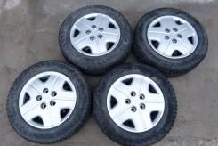 "Колеса шипованные Pirelli 195/65R15 на штамповке+колпаки. x15"" 5x114.30 ЦО 64,0мм."