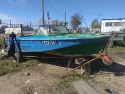 Продам лодку Амур Д