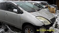 Капот без решётки Toyota Prius NHW20